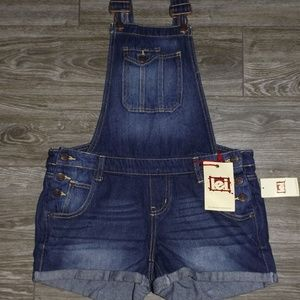 LEI Short Overalls-NWT